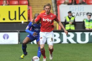 Former Charlton Athletic ace wants fans to stop jeering Fox