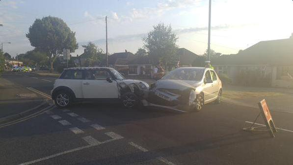 PICTURED: Two-car smash in Sidcup