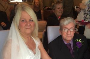 'It seemed like an impossible dream': Swanscombe cancer patient's romantic living room wedding